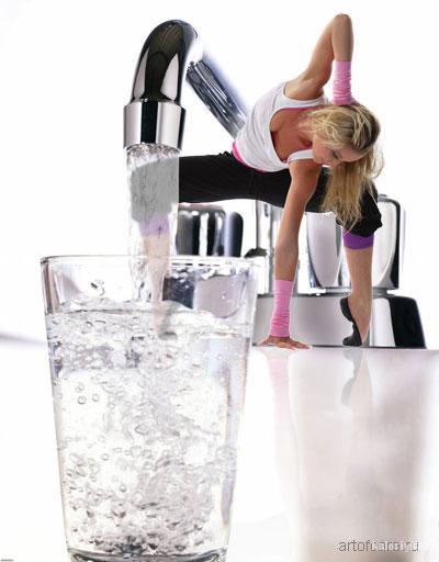 Как можно и как нельзя выводить лишнюю воду из организма