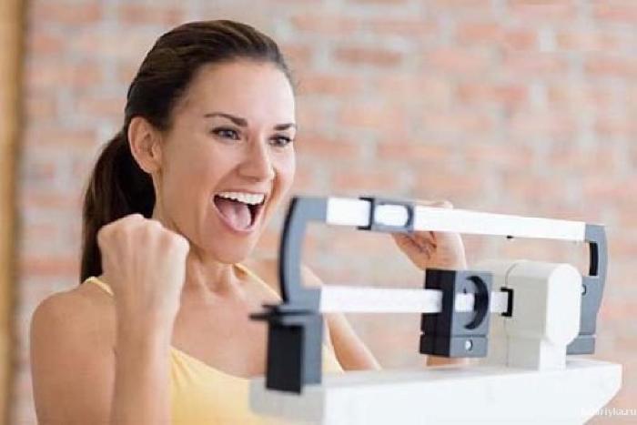 1. От резкого похудения падает давление, ухудшается память